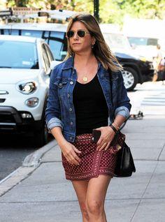 Jennifer-Aniston-a-New-York-le-17-juin-2016_width1024.jpg (1024×1384)