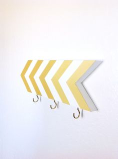 Chevron wall hook