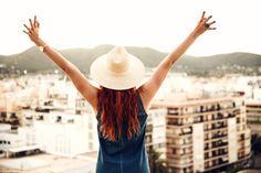 Travel, Touristen, Ibiza, Ibiza Oldtown, Fashion, Blogger Bazaar, Blogger, Lisa Banholzer, Strawhat, Dtrohhut, Denim Dress, Jeanskleid, Sommer, Asos, Skagen, Watch