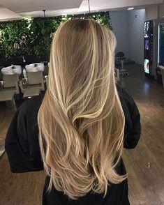 Cabelo Ombre Hair, Balayage Hair Blonde, Dyed Blonde Hair, Dark Blonde Hair With Highlights, Caramel Hair With Blonde Highlights, Carmel Blonde Hair, Baby Blonde Hair, Balayage Ombre, Balayage Hairstyle