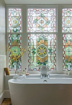 30 Amazing Glass Window Design Ideas For Your Lovely Home /. Adorable 30 Amazing Glass Window Design Ideas For Your Lovely Home /… Georgian Townhouse, Georgian Homes, Townhouse Interior, Interior Decorating, Interior Design, Deco Design, Window Design, Stained Glass Windows, Frosted Glass Window