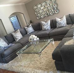 Love the couch for an entertainment room Couch, Ideas, Furniture, Home Decor, Homemade Home Decor, Settee, Diy Sofa, Home Furniture, Interior Design