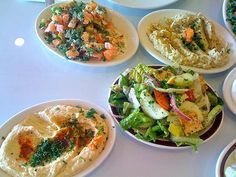 Mezze: heerlijke Arabische voorgerechten - A travel blog by Stefania Turkish Recipes, Ethnic Recipes, Persian Recipes, Arabic Food, Arabic Dessert, Arabic Sweets, Israeli Couscous Salad, Veggie Recipes, Healthy Recipes