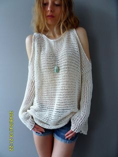 Loose knit womens tunic For full info about the sweater please click More button at t. Pullover Outfit, Tunic Sweater, Pullover Sweaters, Loose Knit Sweaters, Cardigans, Summer Knitting, Cold Shoulder Sweater, Crochet Clothes, Knitted Hats