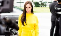 Camera flashes do not affect these female idols — Koreaboo