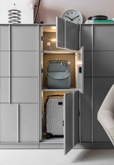 Metal office storage unit with hinged doors with lock ECHO LOCKERS By Dieffebi design 967 Architetti Associati Metal Storage Cabinets, Storage Shelves, Locker Storage, Shelving, Storage Units, Storage Baskets, Kitchen Storage, Office Lockers, Locker Designs
