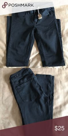 "NEW WITH TAGS American Eagle Black Jeans Black ""super stretch"" skinny jeans mid rise American Eagle Outfitters Jeans Skinny"