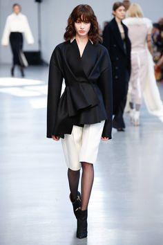 Albino Teodoro Fall 2017 Ready-to-Wear Fashion Show