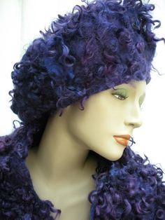I love this hat by Els Martens...She makes such gorgeous hats. Gebruik ← en → of de muis voor de vorige/volgende foto
