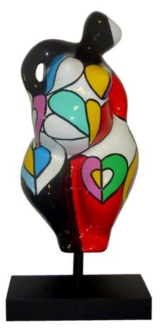 Déesse, Coeur de plage - amour en vous , 2016 -  Dimensions: 42 x 17 x 16 cm   Pouce - Tirages : Oeuvre éditée à 100 exemplaires -  Sculpture: Resino - 300 €