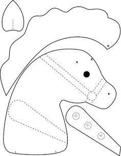 As fotos postadas aqui foram retiradas da Internet, de locais diversos. Se você detém direito autoral sobre algum material, entre em contato que removerei imediatamente o material postado pois objetivo do blog é de auxiliar amigas que procuram moldes , Obrigada. Sewing For Kids, Baby Sewing, Felt Patterns, Sewing Patterns, Sewing Crafts, Sewing Projects, Stick Horses, Horse Pattern, Unicorn Pattern