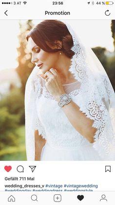 Lace Wedding, Wedding Dresses, Earrings Handmade, Fashion, Curve Dresses, Bride Gowns, Wedding Gowns, Moda, La Mode
