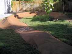Better Homes & Pump Tracks Sk8 Shop, Dirt Bike Track, Skateboard Ramps, Skate Ramp, Backyard Creations, Mtb Trails, Bmx Racing, Kids Bicycle, Bike Parking