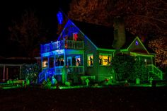 Halloween House. Ye Olde Meade Manor Something wicKED this way comes....: The Wicked Woods Cemetery Halloween 2014