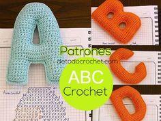 Patrones y tutoriales de tejido crochet ganchillo gratis para descargar Crochet Alphabet Letters, Crochet Letters Pattern, Crochet Slipper Pattern, Letter Patterns, Crochet Slippers, Fabric Patterns, Crochet Patterns, Knitting Patterns, Crochet Fabric