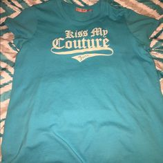 Juicy Couture XL Tee Excellent Condition Turquoise graphic tee by Juicy Couture. Size XL.  Excellent condition, no fading or fabric pills. Important:  I make sure all items are freshly laundered as applicable (shoes and tagged items, I don't remove the tags and wash).  However, not all my items come from pet/smoke free homes.  Low pricing reflective of this. Thank you for looking! Juicy Couture Tops Tees - Short Sleeve