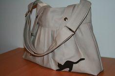 Love Me Love My Cat Messenger bag with adjustable strap