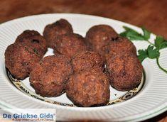 Keftadakia Moussaka, Tzatziki, Greek Recipes, Meatloaf, Bbq, Snacks, Dining, Breakfast, Ethnic Recipes
