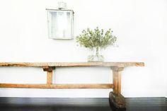 Home Tour: Designer Lisa Jackson's Minimalist, No-Color Hamptons Home Hamptons House, The Hamptons, Jackson, Old Apartments, Celebrity Houses, Rustic Table, Elle Decor, Decoration, House Tours