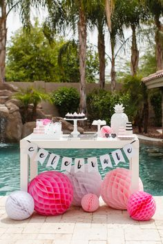 flamingo party table - tomkat studio