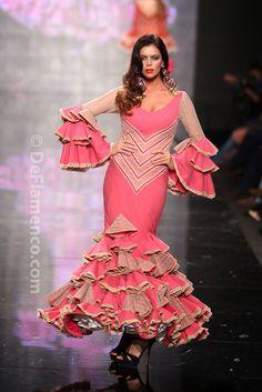 Fotografías Moda Flamenca - Simof 2014 - Aurora Gaviño 'Raiz Flamenca' Simof 2014 - Foto 14