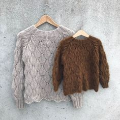 Ravelry: Olive Sweater - My Size pattern by Pernille Larsen Sweater Knitting Patterns, Knitting Designs, Knitting Yarn, Free Knitting, Knitting Sweaters, Lace Sweater, Lace Patterns, Knit Crochet, Knitting