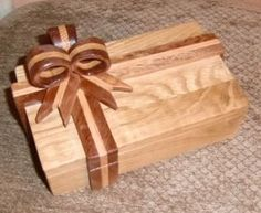 Wooden Box Plans, Small Wooden Boxes, Wood Boxes, Wooden Ring Box, Wooden Rings, Woodworking Box, Woodworking Projects, Diy Wood Projects, Wood Crafts