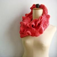 Coral Infinity Scarf with Ruffles - via @Craftsy