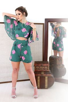 36 Fashion Trends For Women Modest Fashion, Fashion Outfits, Womens Fashion, Vetement Fashion, Elegant Outfit, Rompers Women, Street Style Women, Latest Fashion Trends, Stylish Outfits