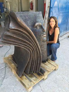 Fun, Factual, Weird, and Breathtaking: Contemporary Italian Sculptor, Paola Grizi Concrete Sculpture, Book Sculpture, Pottery Sculpture, Bronze Sculpture, Paper Sculptures, Art Bin, Italian Sculptors, Metal Garden Art, Mural Art