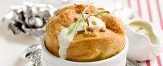 souffle di gorgonzola con salsa di porri