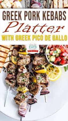 Skewer Recipes, Pork Recipes, Greek Recipes, Real Food Recipes, Summer Grilling Recipes, Mediterranean Dishes, Pork Dishes, Kabobs, Skewers