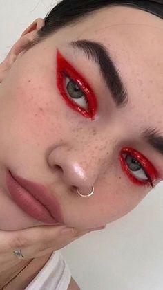 Edgy Makeup, Makeup Eye Looks, Eye Makeup Art, Cute Makeup, Skin Makeup, Makeup Inspo, Makeup Inspiration, Eyeshadow Makeup, Dramatic Makeup