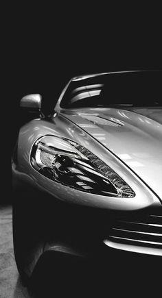 Aston Martin Vanquish.