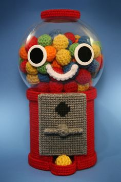 crochet and plastic canvas gumball machine Crochet Amigurumi, Crochet Food, Cute Crochet, Crochet Crafts, Crochet Dolls, Crochet Yarn, Yarn Crafts, Crochet Projects, Crocheted Toys