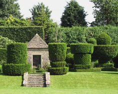 A Guide to Creating The Perfect Summer House