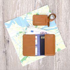 Passport Organizer & Luggage Tag Caramel - LOST & FOUND accessoires