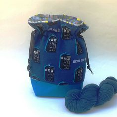 Know any Whovians? Project bag in Tardis print, perfect for Doctor Who fans.🌟 Drawstring or zipper styles available 🌟 Protect your work.