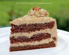TORT CU CAFEA Romanian Food, Romanian Recipes, Amazon Coffee, Vanilla Cake, Biscuit, Delish, Deserts, Good Food, Tasty