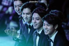 CN Blue @ 2nd V Charts Awards