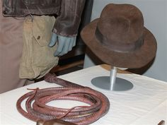 The Ark of the Covenant, found at last! A peek at famous props from Indiana Jones' movies - Entertainment Indiana Jones Last Crusade, Indiana Jones Films, Leather Gloves, Leather Jacket, Indiana Jones Adventure, Archaeological Finds, Aviator Jackets, Harrison Ford, Movie Props