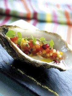 Huîtres pochées aux fruits exotiques, par chef Philippe Etchebest - Hostellerie de Plaisance Saint-Emilion (33) | Gourmets de France