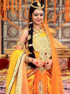 Shafaq Naaz is a beautiful actress, who appears in television industry. She is best recognised for her role in Rajan Shahi's Bidaai on Star Plus. Currently she is essaying the role of Kunti in Swastik Productions' mythological saga, Mahabharat. #KuntiinMahabharat #ShafaqNaaz