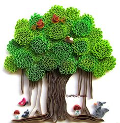 Quilled Banyan Tree....OH MY FLIPPIN GOD!!! The work that went into making this!!! Just beautiful!
