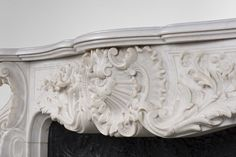Exceptional antique Louis XV style fireplace, century, opulent and rare decor - Marble Marble Floor, Carrara Marble, Rococo Style, Acanthus, Decoration, 19th Century, Classic Style, Shells, Carving