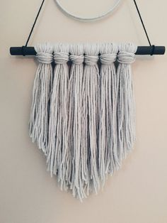 Home Decor Ideas Christmas .Home Decor Ideas Christmas Cheap Wall Decor, Cheap Home Decor, Boho Diy, Boho Decor, Yarn Wall Art, Diy Wall Art, Macrame Wall Hanging Diy, Old Home Remodel, Bedroom Crafts