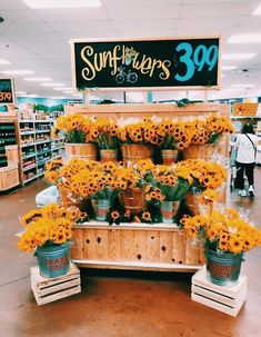 See more of happinessinpixels's VSCO. Happy Vibes, Summer Aesthetic, Happy Colors, Mellow Yellow, Pretty Flowers, Storyboard, Summer Time, Summer Beach, Planting Flowers