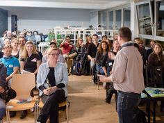 #BehanceReviews Düsseldorf creative crowd!