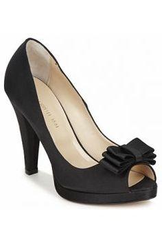 Sandaletler ve Açık ayakkabılar Cerruti 1881 GLAMOROUS https://modasto.com/cerruti/kadin-ayakkabi-sandalet/br2375ct19
