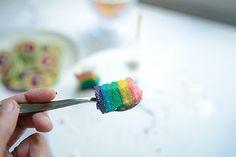 Last piece of rainbow cake!   por jutta / kootut murut